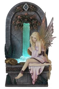 Wishing Well - Glücksbrunnen by Selina Fenech